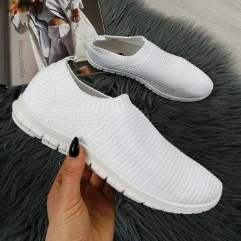 Buty damskie wsuwane postaw na wygodę i odkryj ofertę