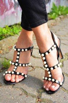 49bf22aff1a6a Sandały szpilki z perełkami czarne Sergio Todzi