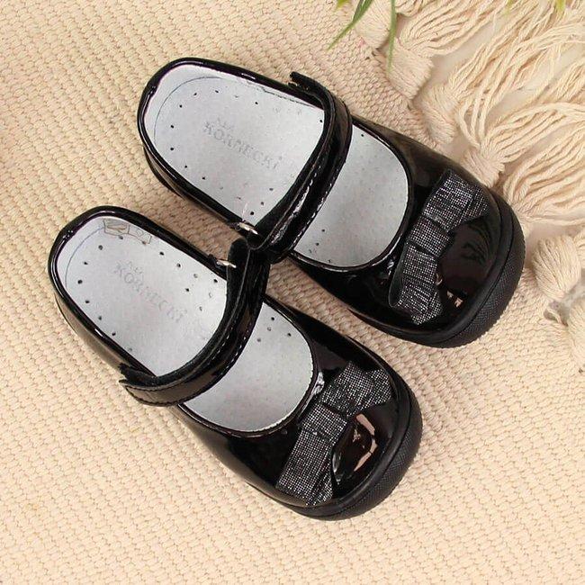 Balerinki dziewczęce lakierowane rzep czarne Kornecki 6065