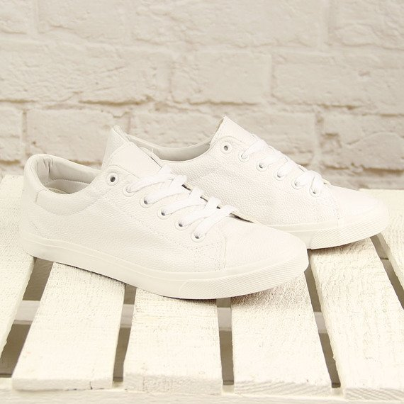 Białe tenisówki sznurowane eko skóra DK