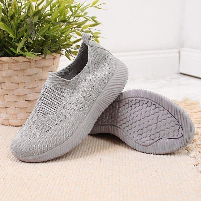 Buty sportowe tekstylne dziecięce slip on szare NEWS