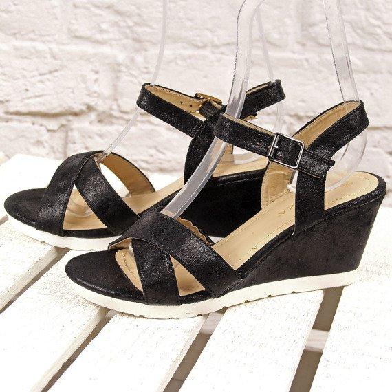 Czarne sandały na koturnie połyskujące Vinceza