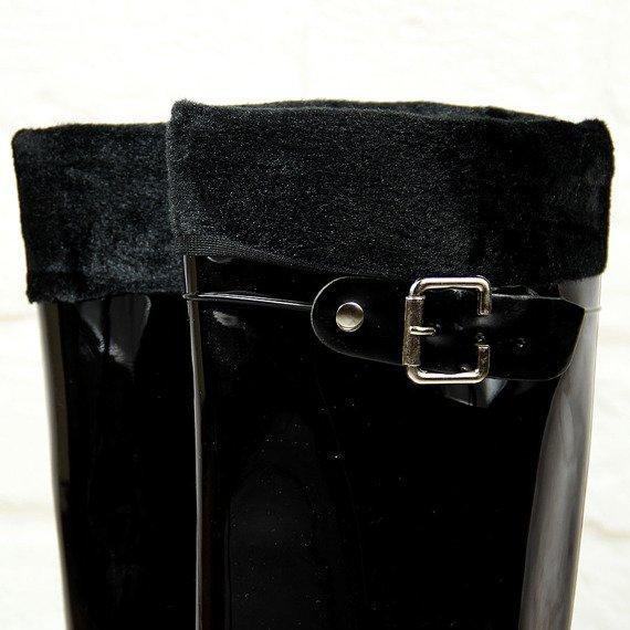 Kalosze damskie lakierowane czarne z wyjmowanym ocieplaczem