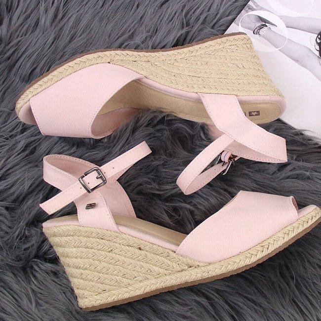 Sandały damskie espadryle na koturnie róż Big Star HH274832