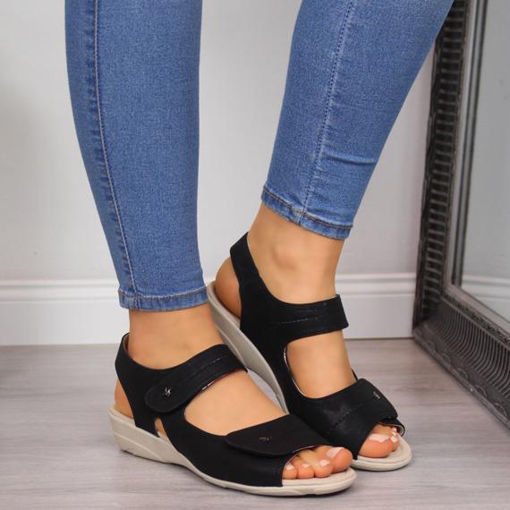 Sandały damskie na koturnie na rzep czarne Aloeloe
