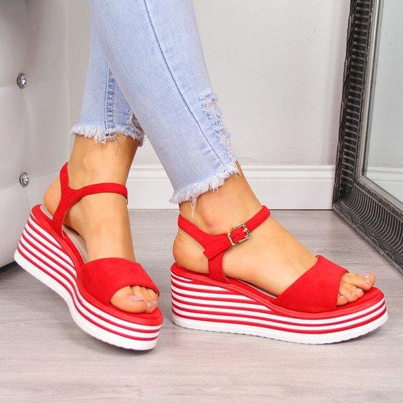 Sandały damskie na platformie czerwone Vinceza