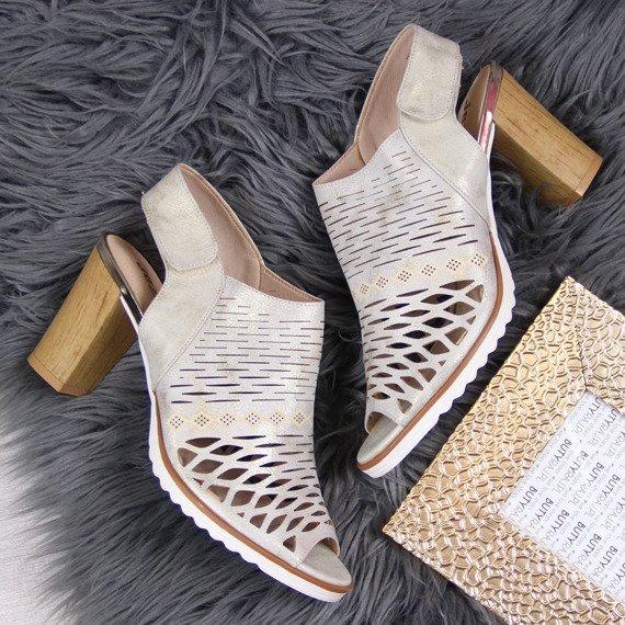 Sandały damskie na słupku ażurowe złote Jezzi
