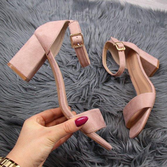 Sandały damskie na słupku różowe Vinceza