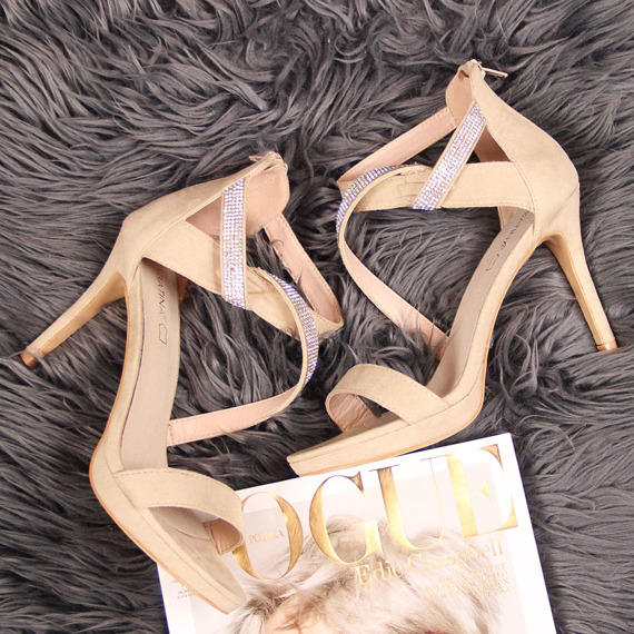 Sandały damskie na szpilce beżowe Sabatina