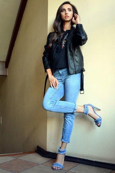 Sandały damskie na szpilce jeansowe Sergio Todzi