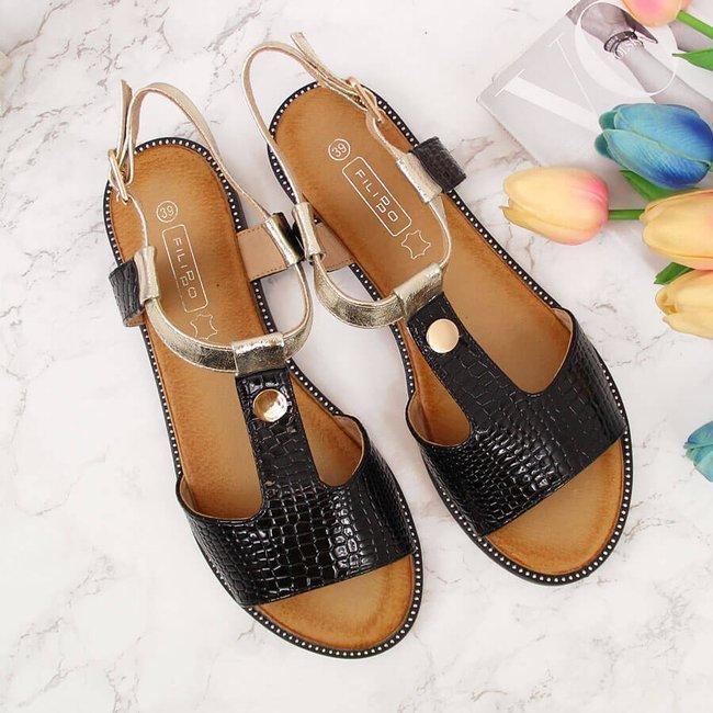 Sandały damskie z nitami lakierowane czarne Filippo
