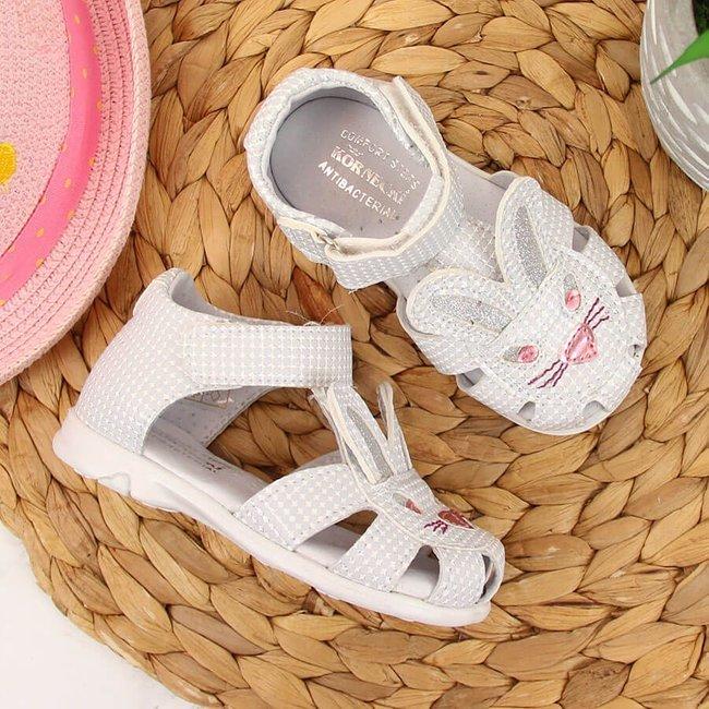 Sandały dziewczęce na rzep białe Kornecki 6683