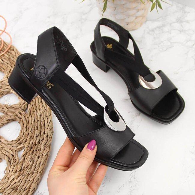 Sandały skórzane damskie na gumki czarne Rieker 62662