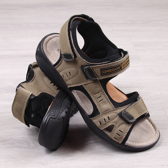 Skórzane beżowe sandały na rzepy Gregor 1192