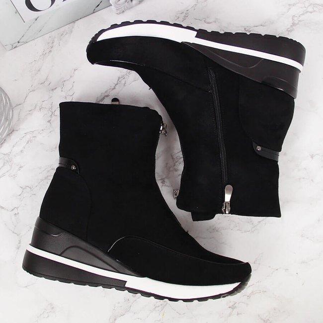 Sneakersy damskie ocieplane na koturnie czarne Vinceza