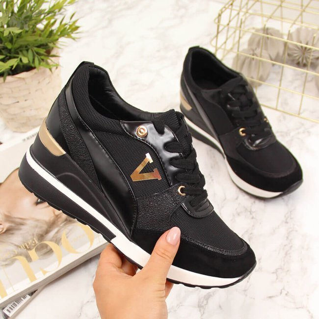 Sneakersy na koturnie czarne Vinceza