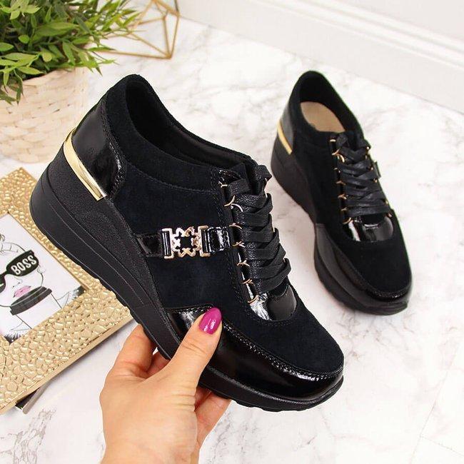 Sneakersy skórzane na koturnie lakierowane czarne S.Barski